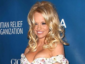 Pamela Anderson 2nd Annual Sean Penn and Friends Help Haiti Home Gala benefit.