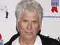 Barry Bostwick joins Grace and Frankie