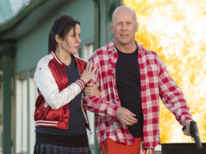 &#39;RED 2&#39;: Bruce Willis, John Malkovich in first official picture