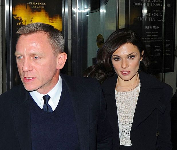 Daniel Craig 'grabs man's phone after he took picture of him ...