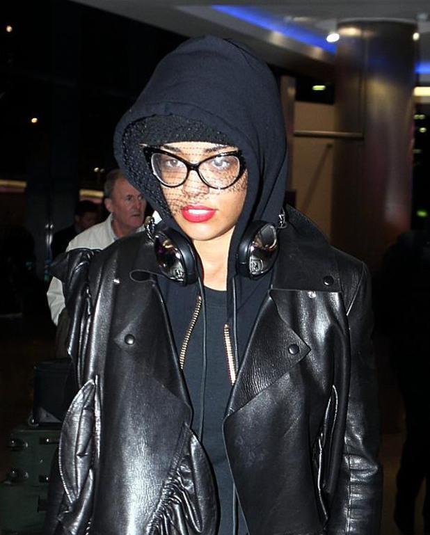Rita Ora, Heathrow airport