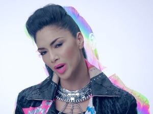 Nicole Scherzinger in Boomerang video