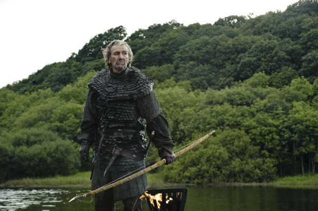 Game of Thrones - Season 3: Clive Russell as Brynden