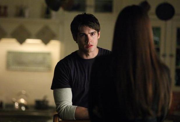 Vampire Diaries (Season 4, Episode 11)