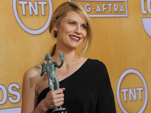 Claire Danes with her SAG Awards for &#39;Homeland&#39;