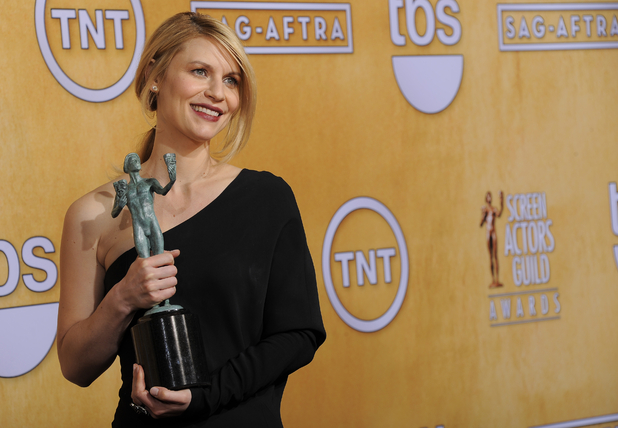 Claire Danes with her SAG Awards for 'Homeland'