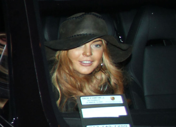 Lindsay Lohan arrives into LAX with her mother Dina. The troubled 26-year-old starlet is scheduled to appear in a Los Angeles court on Wednesday (30Jan12) to face allegations she violated her probation stemming from a 2011 necklace theft case. Featuring: Lindsay Lohan