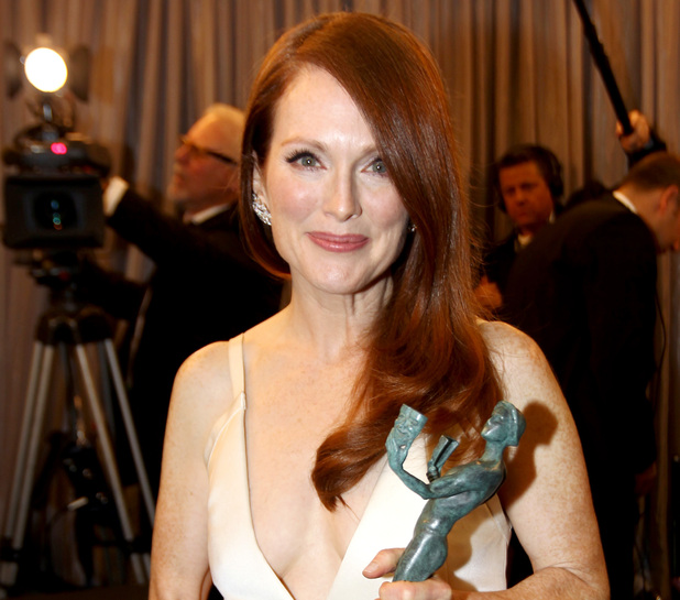 Julianne Moore backstage at the SAG Awards 2013