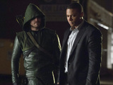 Arrow S01E11: 'Trust But Verify'