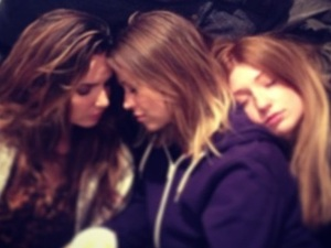 Nicola Roberts tweets a picture of Girls Aloud sleeping during tour rehearsals
