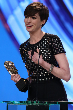 BAFTA Ceremony: Anne Hathaway delivers her acceptance speech.