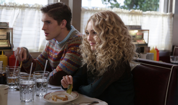The Carrie Diaries S01E04: 'Fright Night'