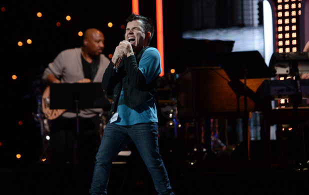 Matheus Fernandes performs during the boys solo round of Hollywood week on 'American Idol'