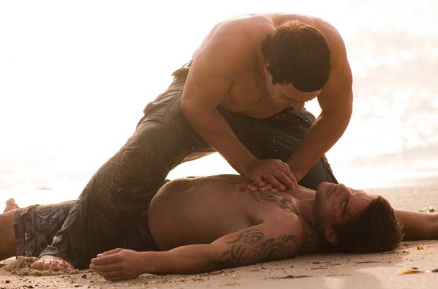 Brax tries to revive Heath.