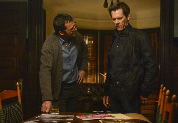 The Following S01E03: &#39;The Poet&#39;s Fire&#39;