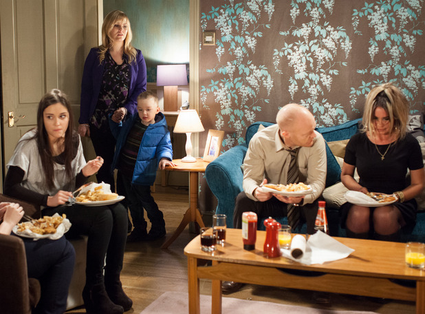 The Branning&#39;s get an unexpected guest.