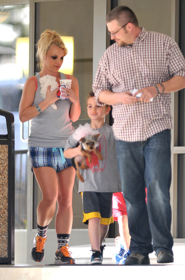 Britney Spears leaves a doggie spa with her sons Sean Preston and Jayden James in Westlake Village, LA.