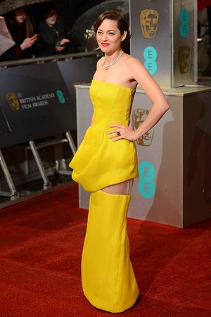 Marion Cotillard - BAFTAs wardrobe malfunction