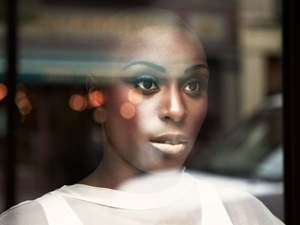 Laura Mvula press shot 2013