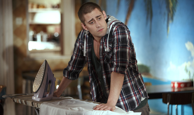 Being Human S05E04: &#39;The Greater Good&#39;: Tom (Michael Socha)