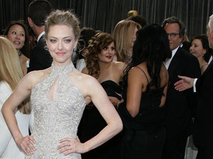 Miss Mode: Amanda Seyfried at Oscars 2013