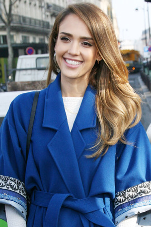 Jessica Alba arrives for Paris Fashion Week.