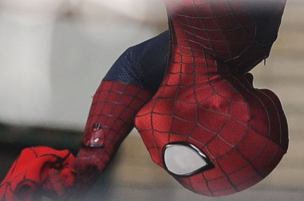 Andrew Garfield dangles upside down in 'The Amazing Spider-Man 2'