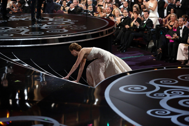 Jennifer Lawrence trips up at the 2013 Oscars