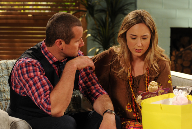 Toadie and Sonya struggle with Angie's arrival.