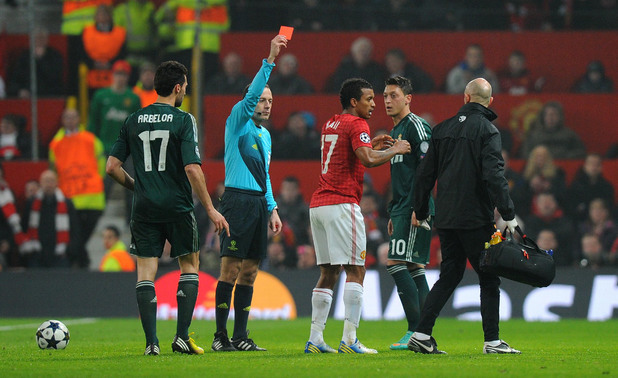 Manchester United player Nani received red card in Champions League