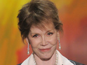 Mary Tyler Moore says she's thinking of Valerie Harper following cancer diagnosis.