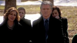 Dallas: JR's funeral