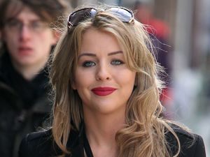 Lydia Bright shows off her new hair.