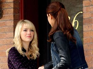 Emma Stone meets Shailene Woodley on the set of &#39;The Amazing Spider-Man 2&#39; in New York