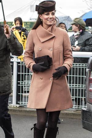 Duchess of Cambridge, Prince William, races, Cheltenham