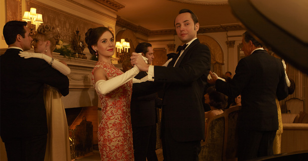 Trudy Campbell (Alison Brie) and Pete Campbell (Vincent Kartheiser)