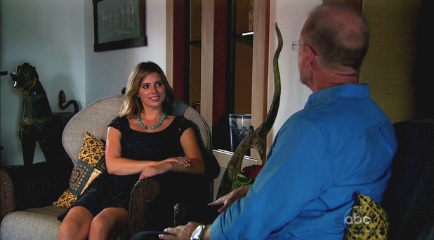 Lindsay speaks with Sean's dad Jay during 'The Bachelor' season finale