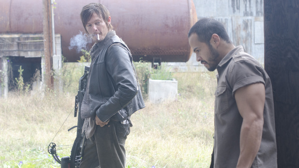 The Walking Dead S03E13: 'Arrow on the Doorpost'