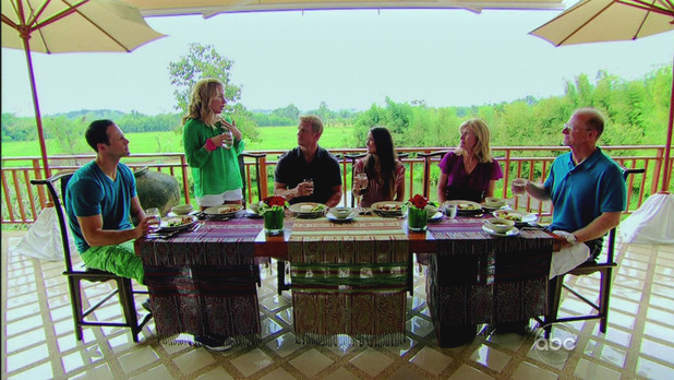 Catherine meets Sean's family during 'The Bachelor' season finale