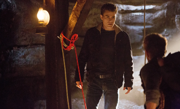 The Vampire Diaries S04E14: 'Down The Rabbit Hole'