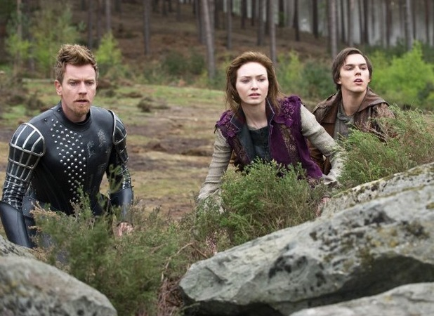 Ewan McGregor, Eleanor Tomlinson and Nicholas Hoult in 'Jack the Giant Slayer' (2013)