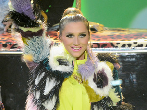 Ke$ha performs her song 'Cmon'.
