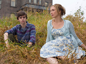 Freddie Highmore as Norman Bates and Vera Farmiga as Norma Bates in A&E's 'Bates Motel'
