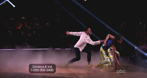 Dancing With The Stars S16E01: Zendaya & Val Chmerkovskiy