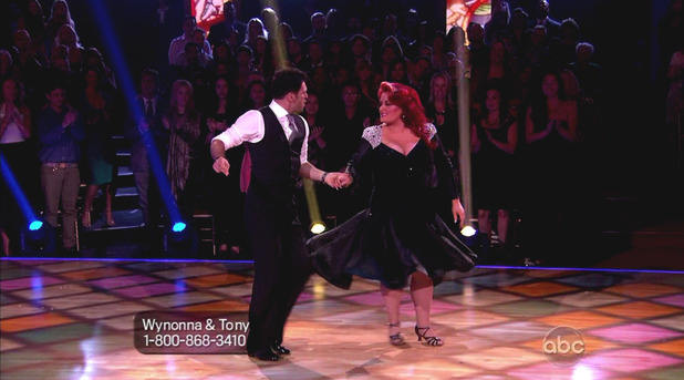 Dancing With The Stars S16E01: Wynonna Judd & Tony Dovolani