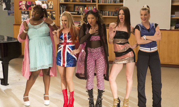 Alex Newell, Becca Tobin, Jenna Ushkowitz, Heather Morris and Melissa Benoist perform in Glee S04E17: 'Guilty Pleasures'