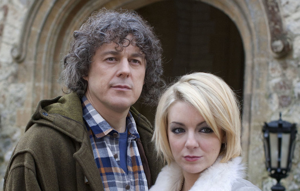 Alan Davies as Jonathan Creek & Sheridan Smith as Joey Ross in 'Jonathan Creek'
