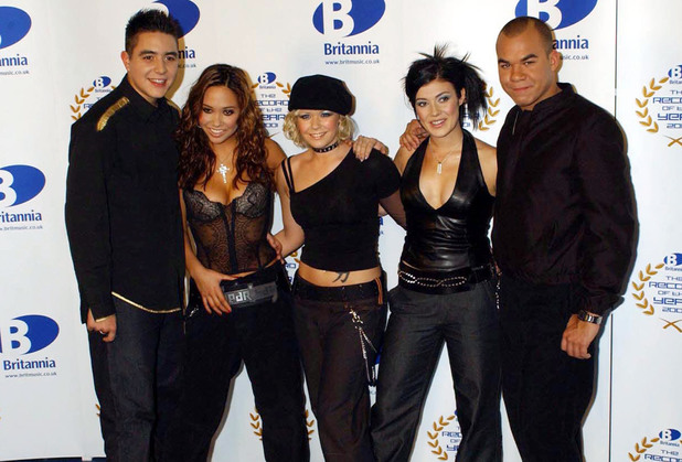 Pop group Hear'Say in 2001