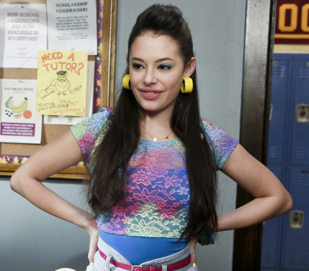 The Carrie Diaries, S01E10 - The Long and Winding Road Not Taken: Chloe Bridges as Donna LaDonna