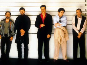 Kevin Pollak, Stephen Baldwin, Benicio Del Toro, Gabriel Byrne, Kevin Spacey in The Usual Suspects (1995)